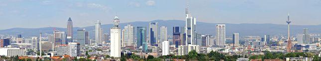 1200px-Cityscape_Frankfurt_2010-2