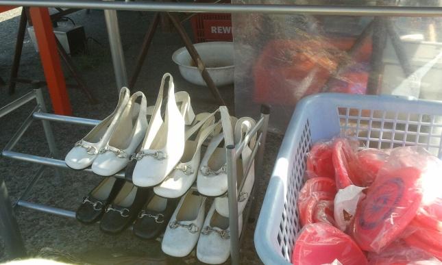 Schuhe/ Frisbees