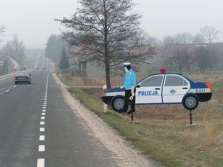 440px-Dummy_of_a_police_car