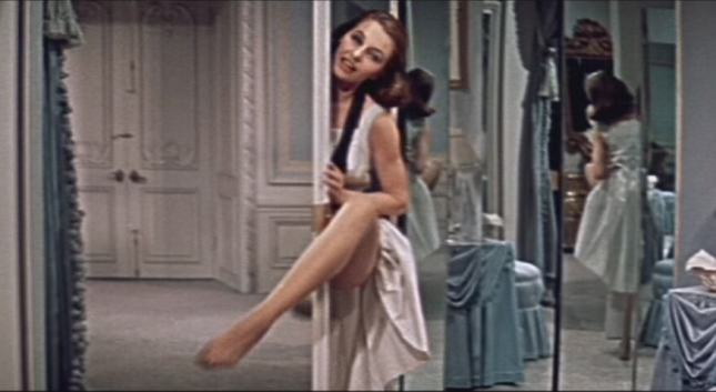 Cyd_Charisse_in_Silk_Stockings_trailer