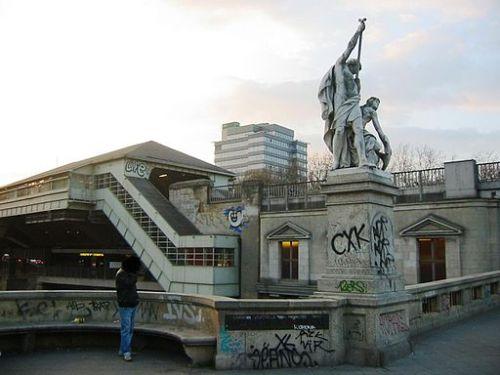 Berlin-Kreuzberg_Hallesches_Tor